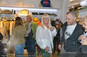 Halloween Shopping - Mondrean - Di 30.10.2012 - 76