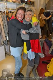 Halloween Shopping - Mondrean - Di 30.10.2012 - 83