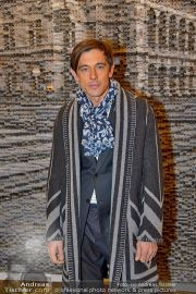 LV Opening - Louis Vuitton Store - Sa 24.11.2012 - 35