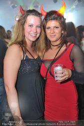 Halloween Clubbing - Holzhalle Tulln - Mi 31.10.2012 - 111