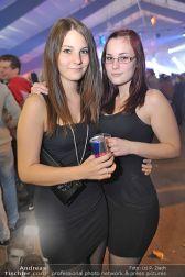 Halloween Clubbing - Holzhalle Tulln - Mi 31.10.2012 - 17