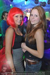 Halloween Clubbing - Holzhalle Tulln - Mi 31.10.2012 - 85