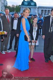 Romy Gala - Red Carpet - Hofburg - Sa 21.04.2012 - 104