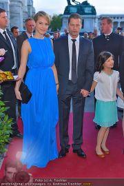 Romy Gala - Red Carpet - Hofburg - Sa 21.04.2012 - 105