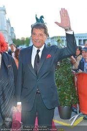 Romy Gala - Red Carpet - Hofburg - Sa 21.04.2012 - 19