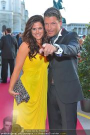 Romy Gala - Red Carpet - Hofburg - Sa 21.04.2012 - 2