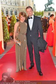 Romy Gala - Red Carpet - Hofburg - Sa 21.04.2012 - 26