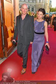 Romy Gala - Red Carpet - Hofburg - Sa 21.04.2012 - 29