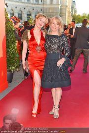 Romy Gala - Red Carpet - Hofburg - Sa 21.04.2012 - 30