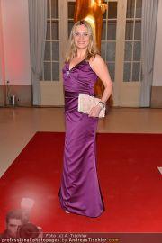 Romy Gala - Red Carpet - Hofburg - Sa 21.04.2012 - 47
