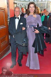 Romy Gala - Red Carpet - Hofburg - Sa 21.04.2012 - 48