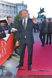 Romy Gala - Red Carpet - Hofburg - Sa 21.04.2012 - 5