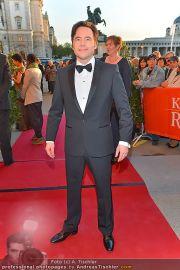 Romy Gala - Red Carpet - Hofburg - Sa 21.04.2012 - 6