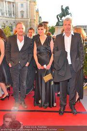 Romy Gala - Red Carpet - Hofburg - Sa 21.04.2012 - 73