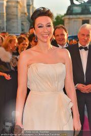 Romy Gala - Red Carpet - Hofburg - Sa 21.04.2012 - 75