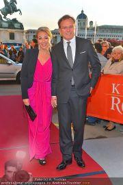 Romy Gala - Red Carpet - Hofburg - Sa 21.04.2012 - 79