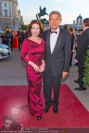 Romy Gala - Red Carpet - Hofburg - Sa 21.04.2012 - 83