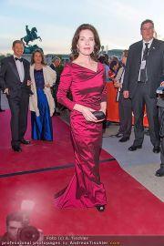 Romy Gala - Red Carpet - Hofburg - Sa 21.04.2012 - 86