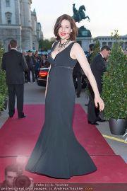Romy Gala - Red Carpet - Hofburg - Sa 21.04.2012 - 89