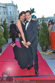 Romy Gala - Red Carpet - Hofburg - Sa 21.04.2012 - 93