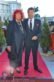 Romy Gala - Red Carpet - Hofburg - Sa 21.04.2012 - 94
