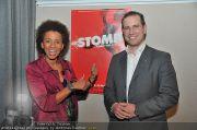 Stomp Premiere - MQ Halle E - Di 31.01.2012 - 1