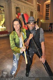 Stomp Premiere - MQ Halle E - Di 31.01.2012 - 4