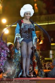 Lifeball Fashionshow - Rathaus - Sa 19.05.2012 - 18