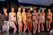 Modenschau - Triumph Store - Do 07.02.2013 - 80