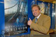 Oblivion Premiere - Gartenbaukino - Di 02.04.2013 - 70