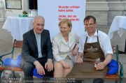 Cafe+Co Charity - Mariahilferkirche - Di 18.06.2013 - 45