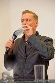 Bryan Adams - Galerie Ostlicht - Di 18.06.2013 - 29