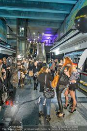 Metro Boutique - U-Bahn Volkstheater - Do 26.09.2013 - 15