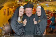 Lugners Geburtstag - Lugner City - Fr 11.10.2013 - 3
