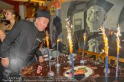 Lugners Geburtstag - Lugner City - Fr 11.10.2013 - 46