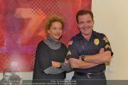 C(r)ash Premiere - Stadttheater Walfischgasse - Mi 16.10.2013 - 15