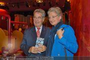 C(r)ash Premiere - Stadttheater Walfischgasse - Mi 16.10.2013 - 38