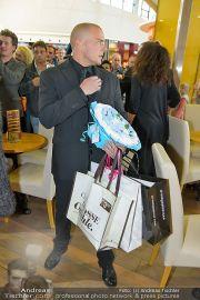 1-Jahresfeier - G3 Shoppingcenter - Fr 18.10.2013 - 121