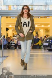 1-Jahresfeier - G3 Shoppingcenter - Fr 18.10.2013 - 141