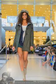 1-Jahresfeier - G3 Shoppingcenter - Fr 18.10.2013 - 145