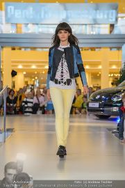 1-Jahresfeier - G3 Shoppingcenter - Fr 18.10.2013 - 160