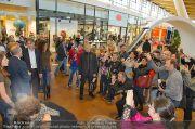 1-Jahresfeier - G3 Shoppingcenter - Fr 18.10.2013 - 97