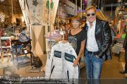 1-Jahresfeier - G3 Shoppingcenter - Fr 18.10.2013 - 99