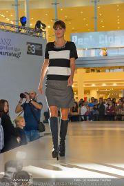 1-Jahresfeier - G3 Shoppingcenter - Sa 19.10.2013 - 104