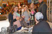 Sido Autogrammstunde - G3 Shoppingcenter - Sa 09.11.2013 - 57