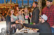 Sido Autogrammstunde - G3 Shoppingcenter - Sa 09.11.2013 - 59
