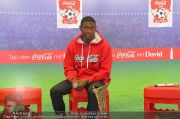 David Alaba Coca Cola - Twin Towers - So 10.11.2013 - 17