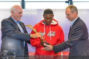 David Alaba Coca Cola - Twin Towers - So 10.11.2013 - 38