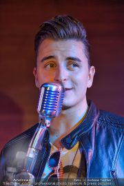 Andreas Gabalier (Party) - Stadthalle - Sa 30.11.2013 - 27
