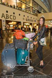 Ankunft Miss Earth - Flughafen - Fr 20.12.2013 - 15